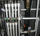 Коллекторная разводка водопровода из полипропиленовых труб